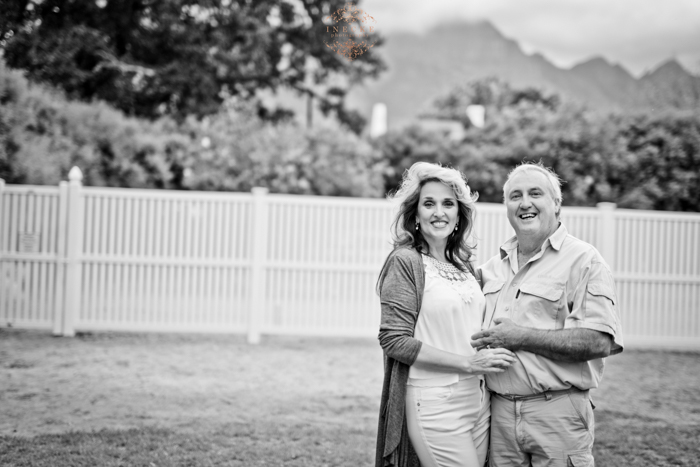 Liesl & Gary Couple Preview low res28