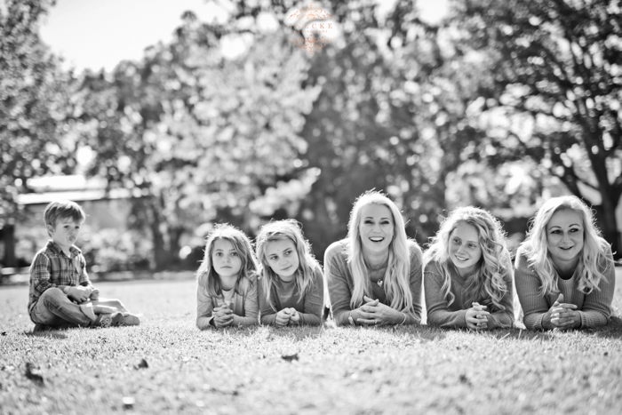 Linda & Family Preview low res22