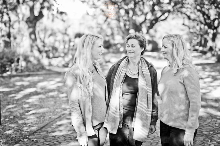 Linda & Family Preview low res29
