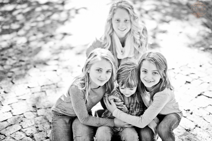 Linda & Family Preview low res45