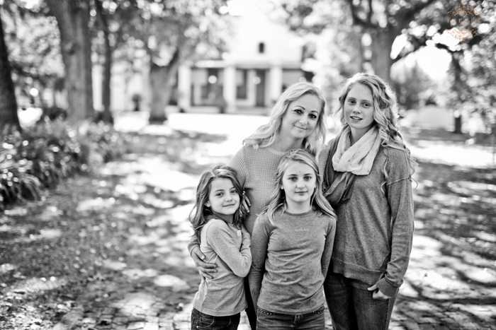 Linda & Family Preview low res51